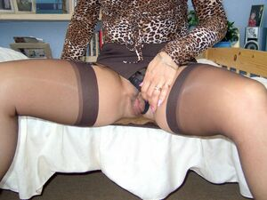mature gaping pussy pics