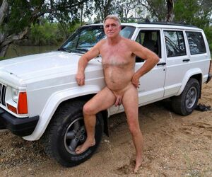 naked mature men pics