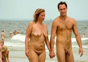 mom son nudist