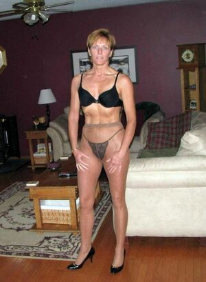 milfs in nylons