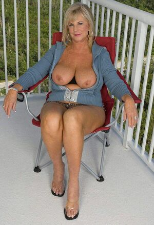 mature milf massage