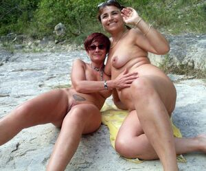 mature naked boobs